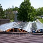 Pásový obloukový světlík ALLUX - akce zastřešení terasy restaurace Praha - Říčany